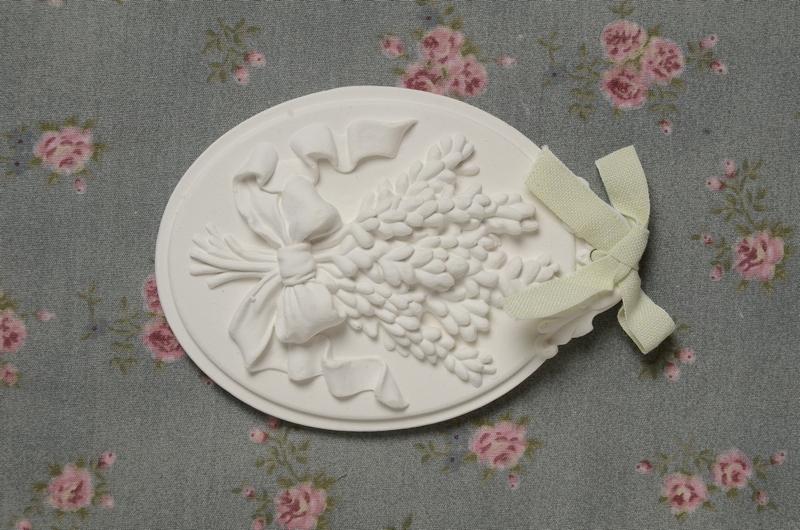 Medalhão  Lavanda e Flores